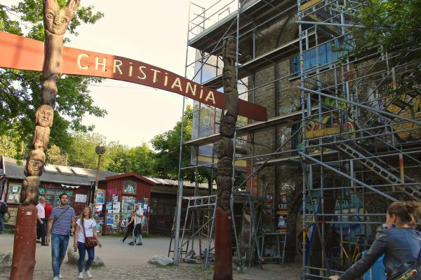 christiania entry