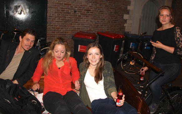 girls cart bar