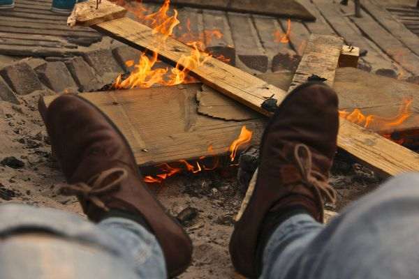 feet fire