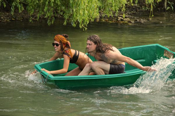 jus saisha paddling