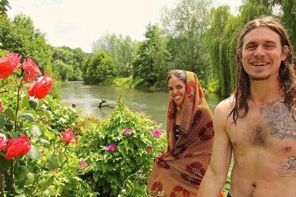 jus saisha river flowers