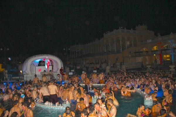 night pool flash one