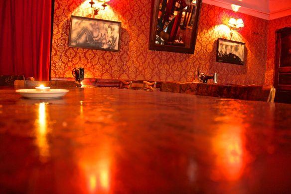 one singer bar
