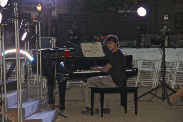 Crumb piano